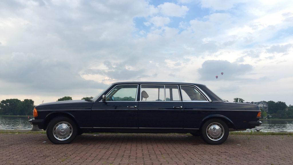 Mercedes-Benz Oldtimer Limousine in Rostock