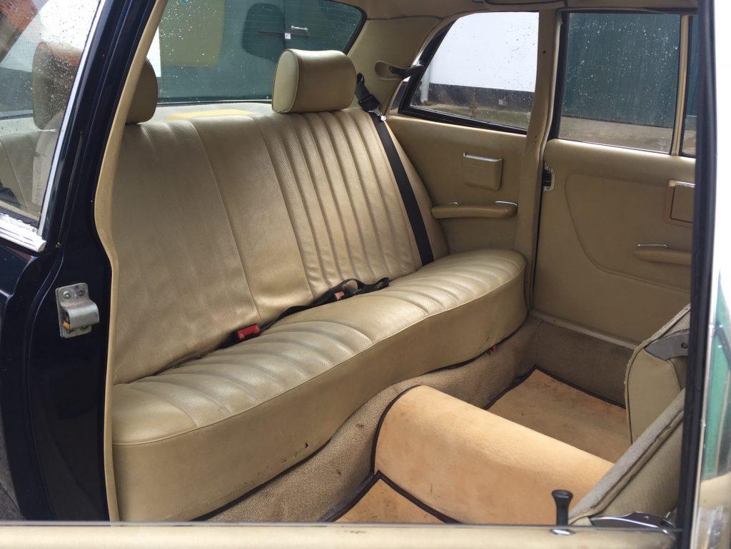 Oldtimer Limousine Blick in den Fond